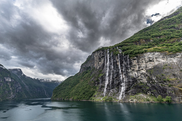 9-Geiranger_Fjord_Norwegen