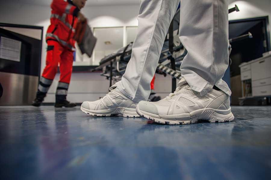 HAIX Schuhe für Klinik, Praxis und Pflegeberufe im Tragetest